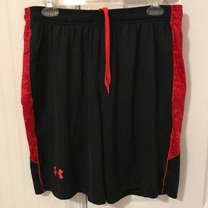 EUC Under Armour Men's Size Large Athletic Shorts
